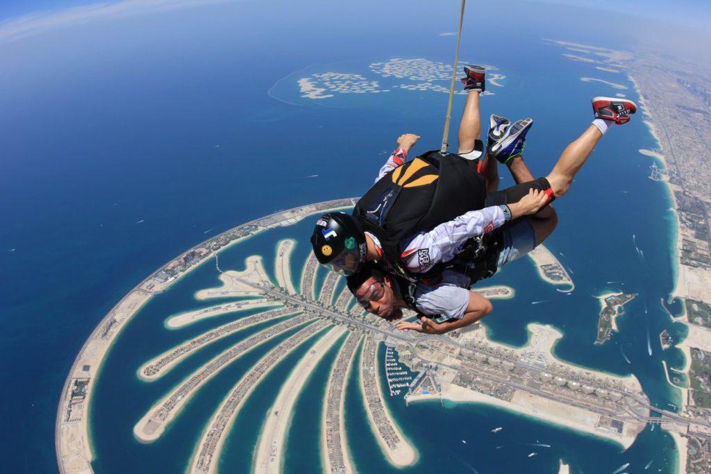 прыжок с парашютом дубай цена