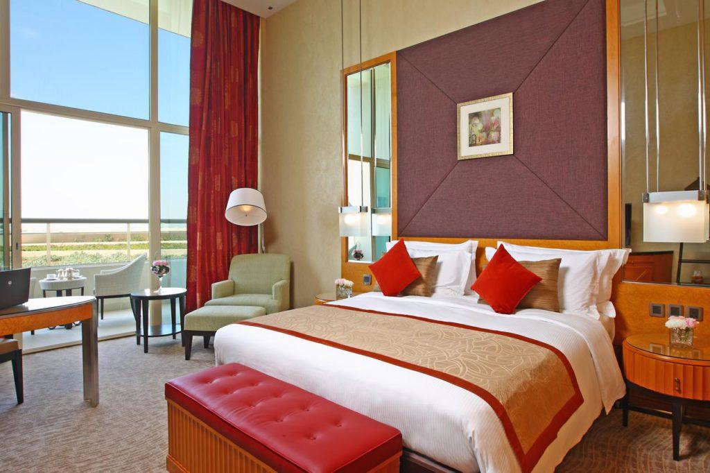 Аль Раха Бич (Al Raha Beach Hotel 5*) отель в Абу-Даби