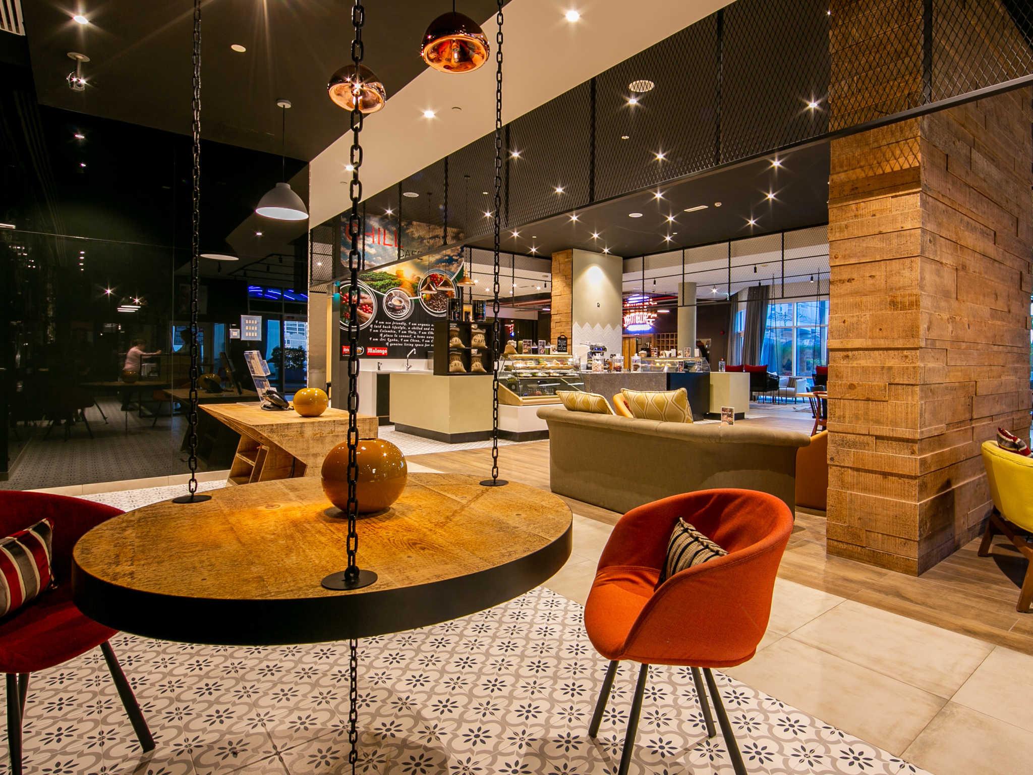 Отель АльБарша(Ibis Hotel Dubai Al Barsha 3*) в Дубае