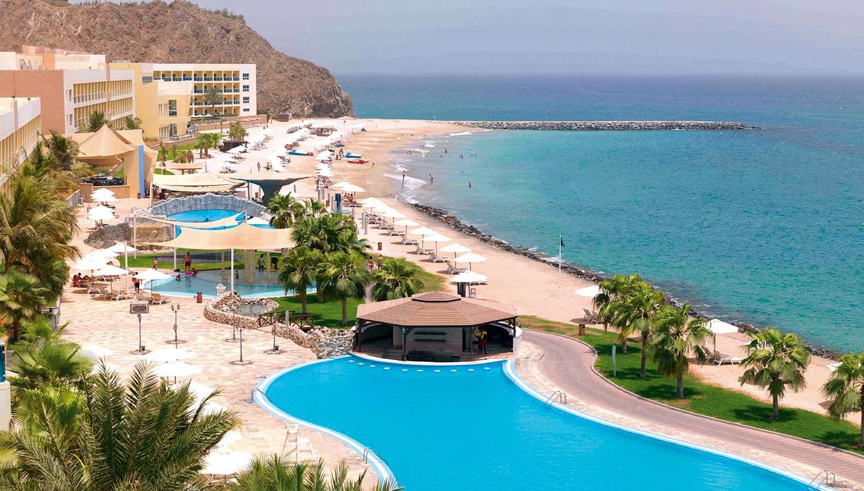 Фото The Radisson Blu Fujairah Resort 5*