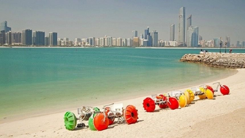 Аль-Мунтазах пляжи Шарджи ОАЭ