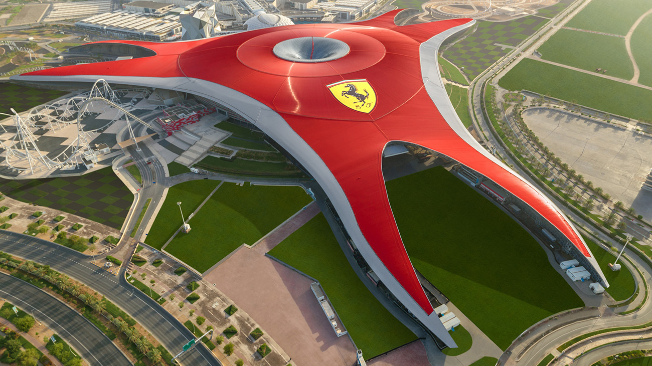 Ferrari World в Дубае