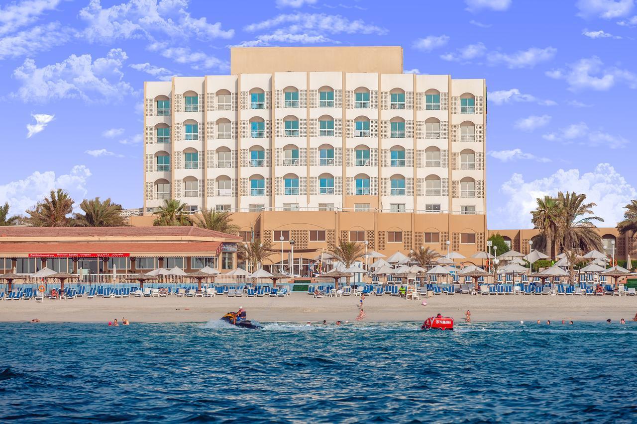 Фото Sharjah Carlton Hotel 4*