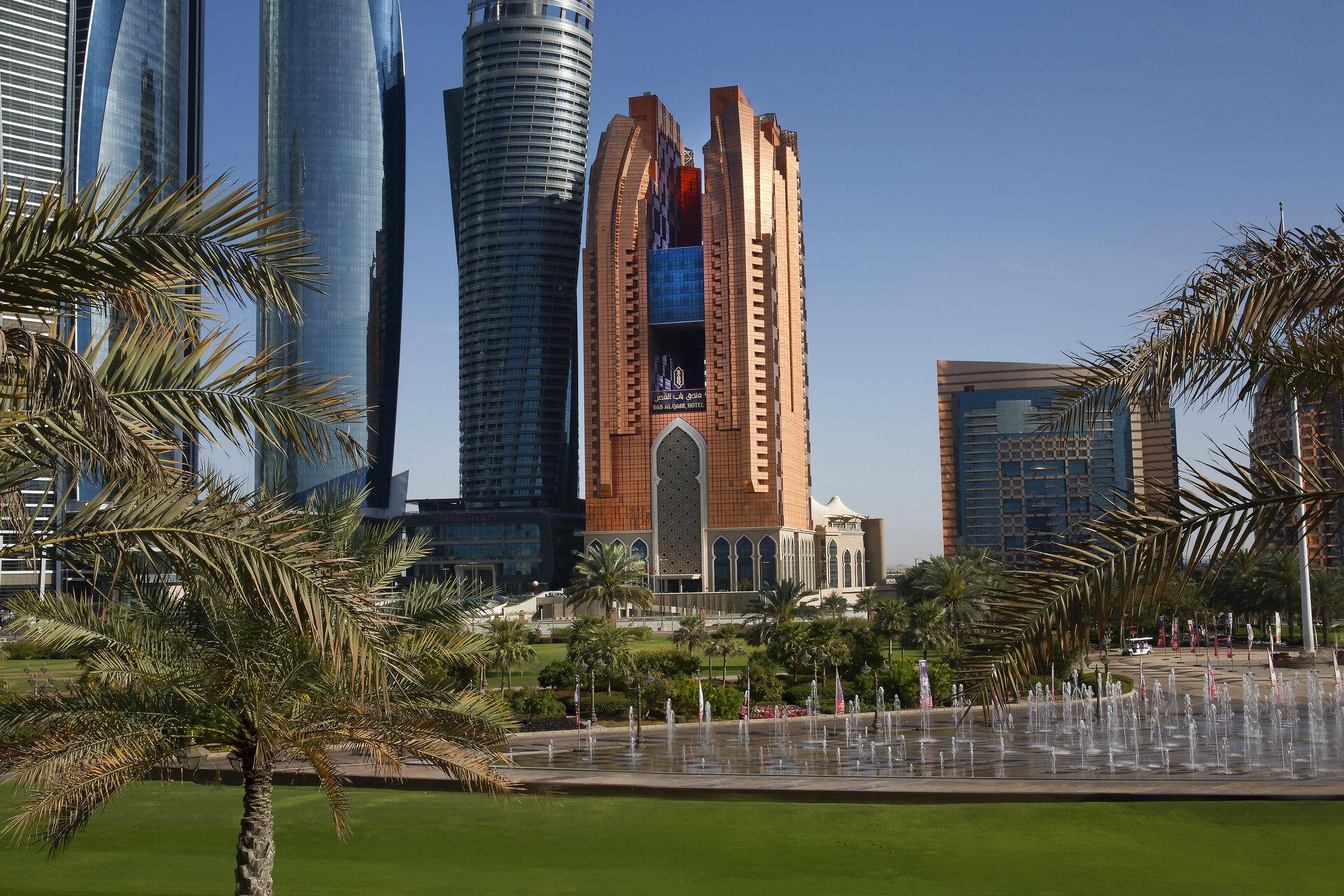 Фото 5* Bab Al Qasr Hotel
