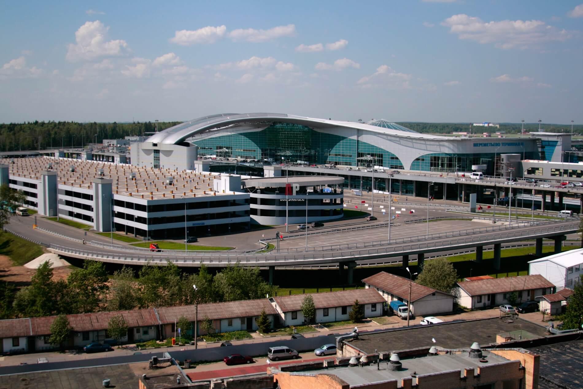 Крупный аэропорт Шереметьево