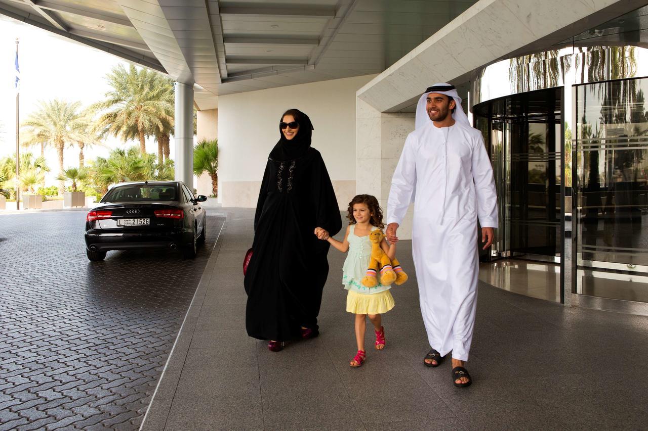 Фото жителей ОАЭ
