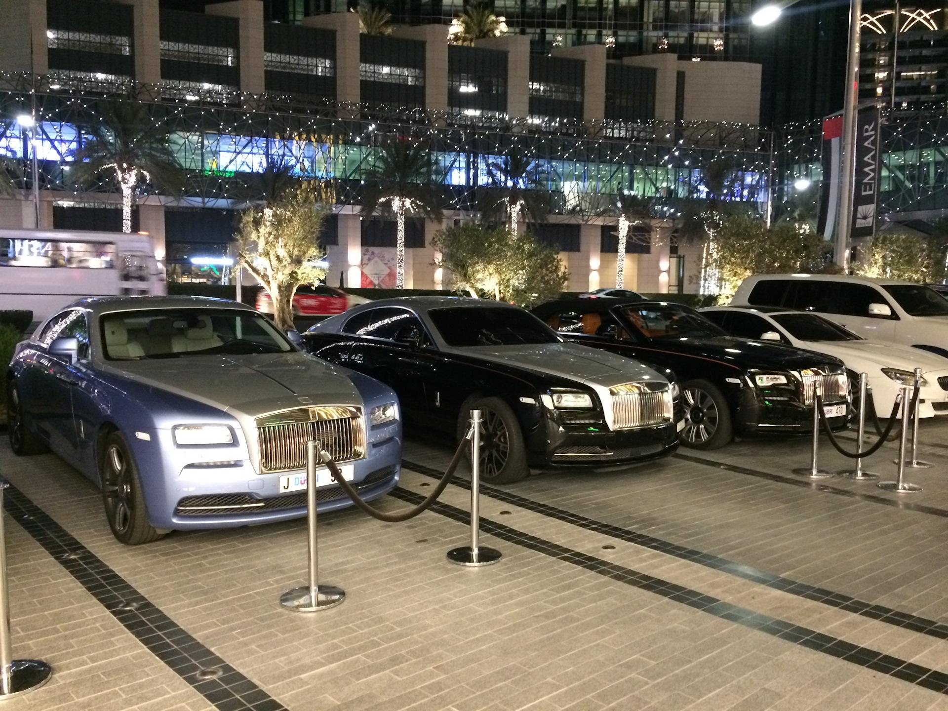 Парковки в Дубае