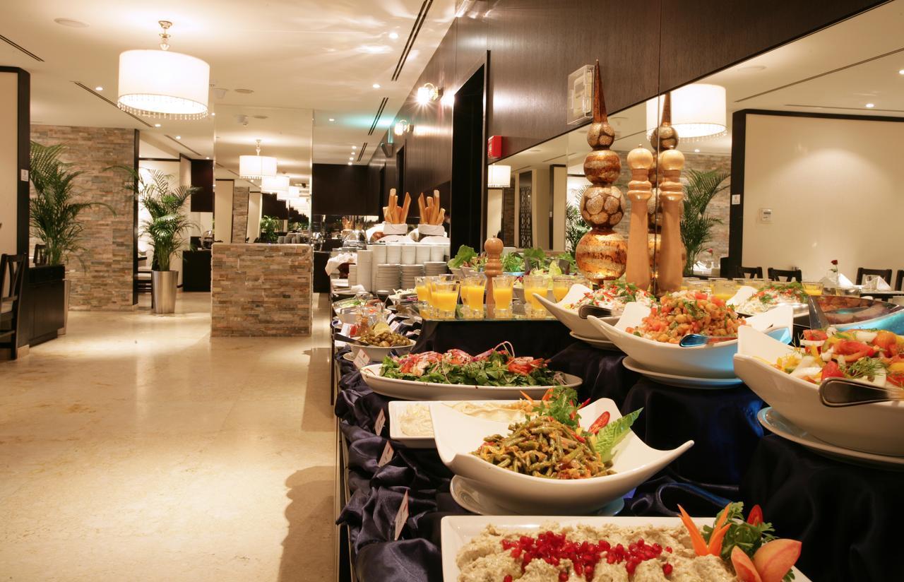 Разнообразное питание в отеле