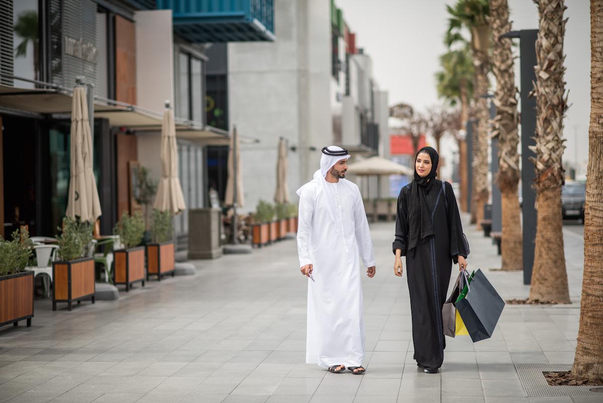 Женский и мужской дресс-код в ОАЭ