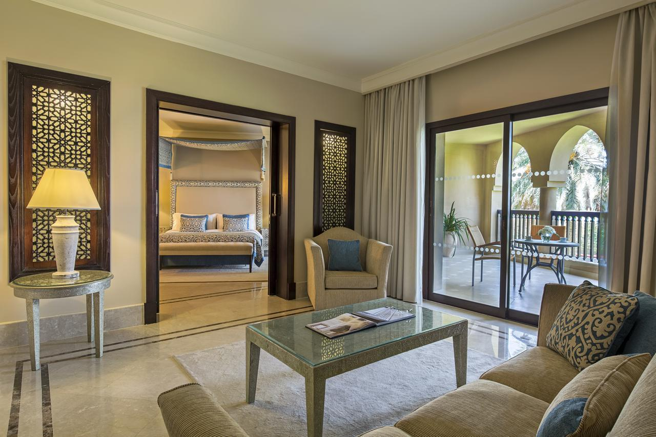 Один из номеров гостиницы IberotelMiramarAlAqahBeachResort5*