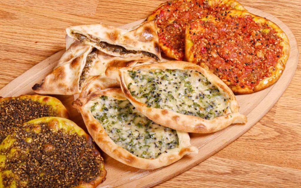 Манакиш – это арабские лепешки