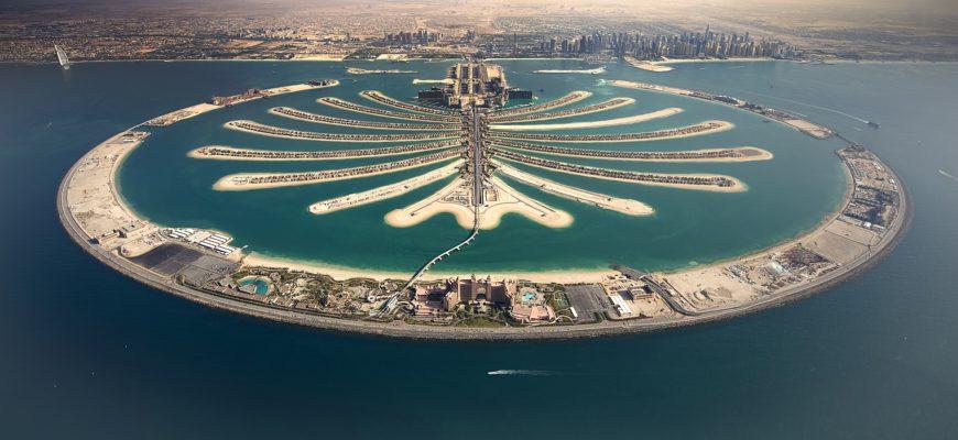 Вид на пальмовый остров в Дубае