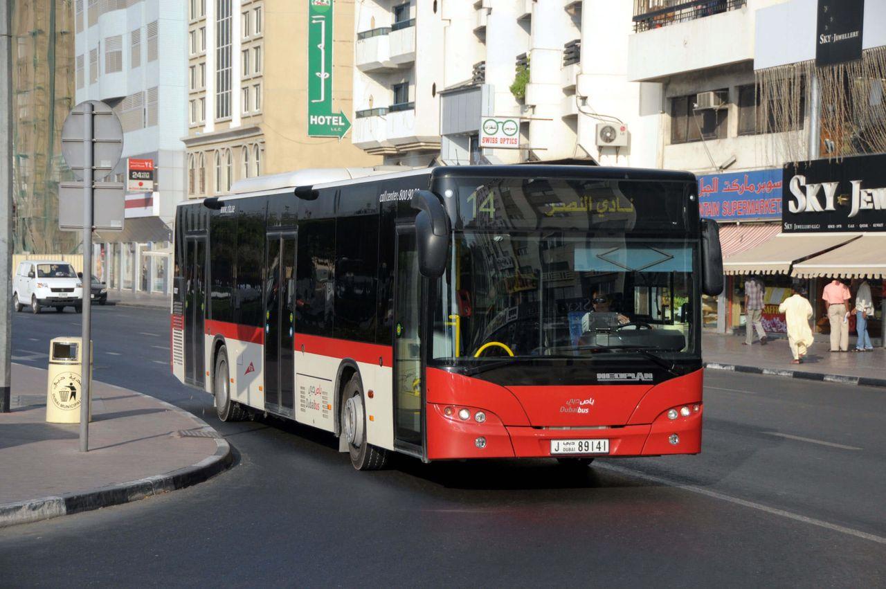Фотография автобуса в Дубае
