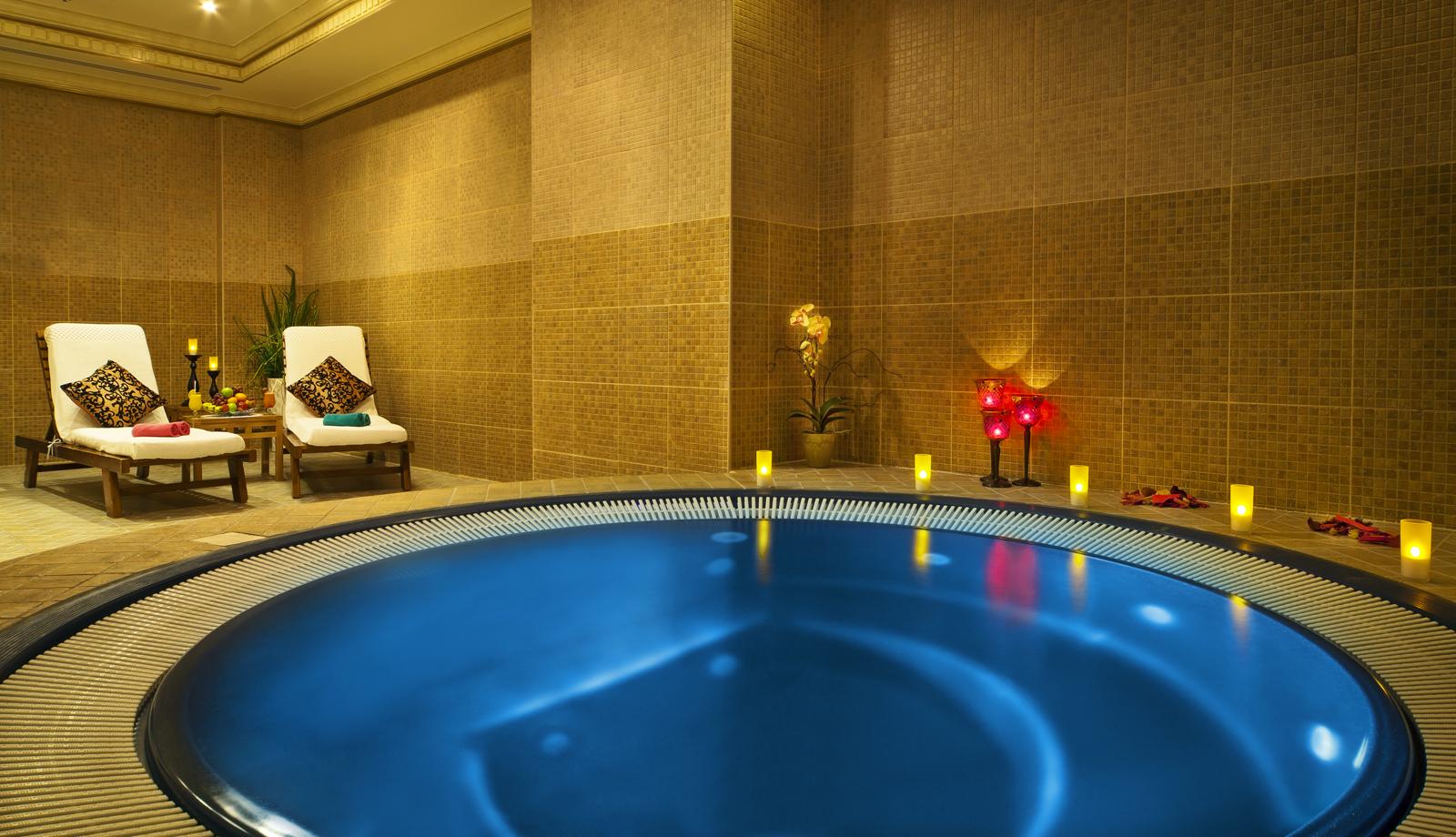 Какие услуги предоставляют постояльцам отеля