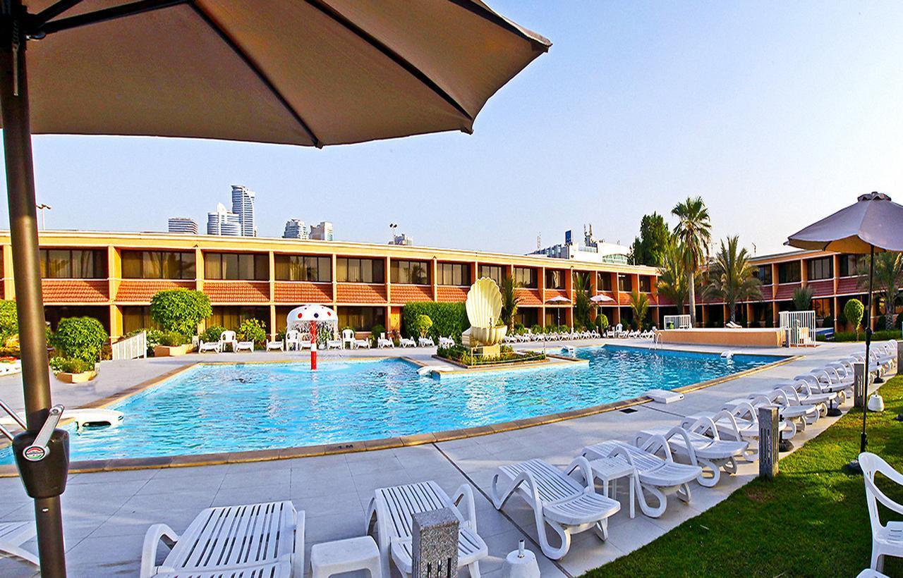 Отель Lou`Lou`a Beach Resort 3*