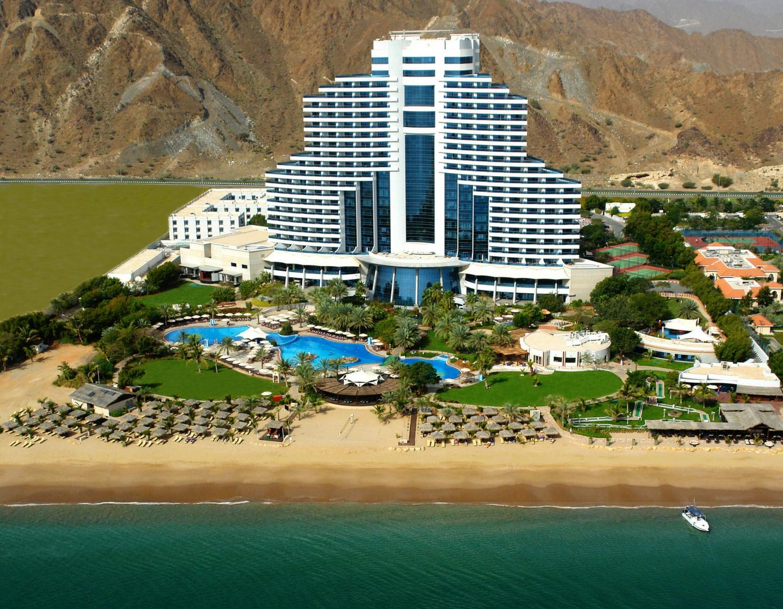 Фото Le Meridien Al Aqah Beach Resort