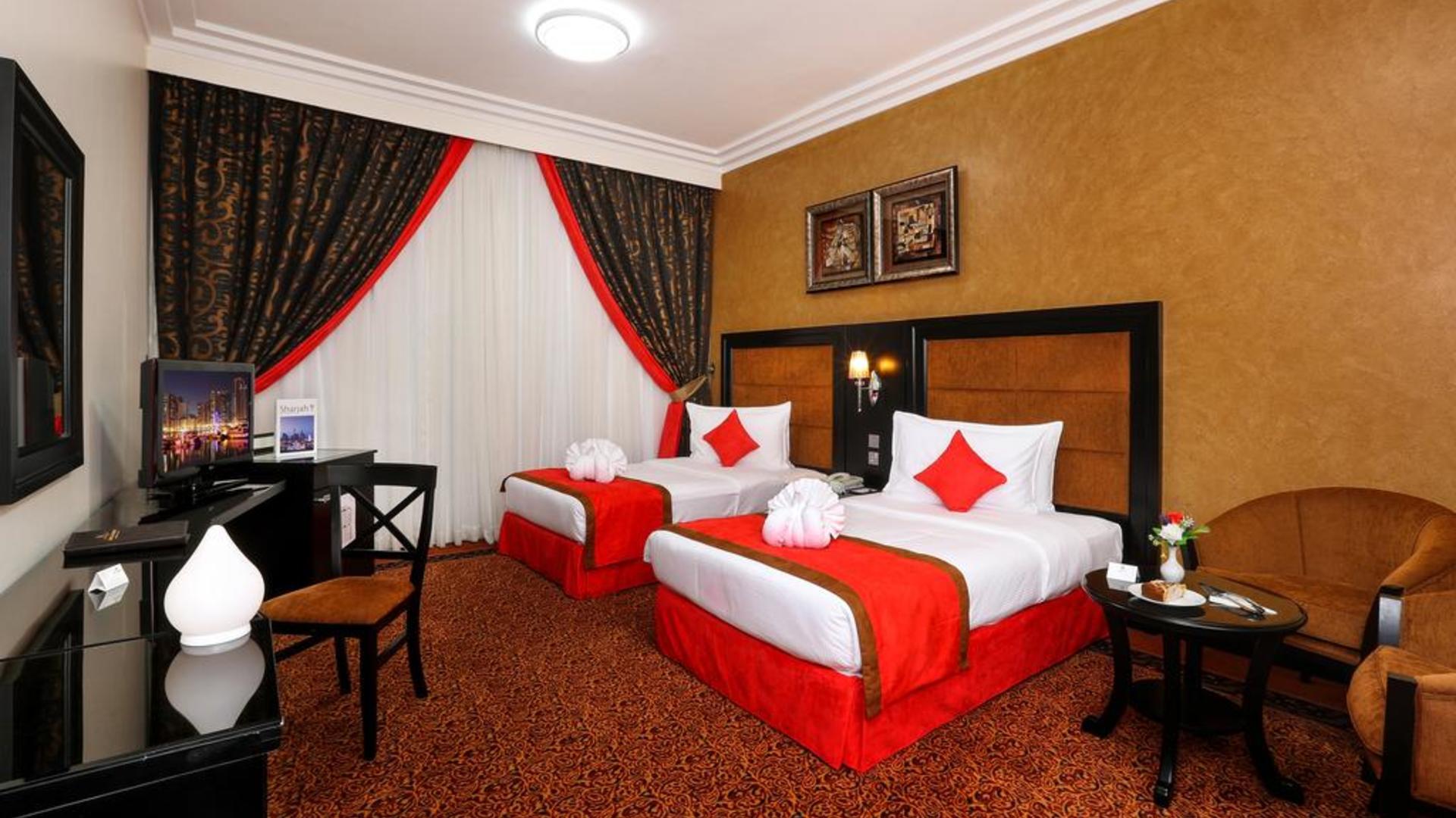 Фото номера в Royal Grand Suite Hotel