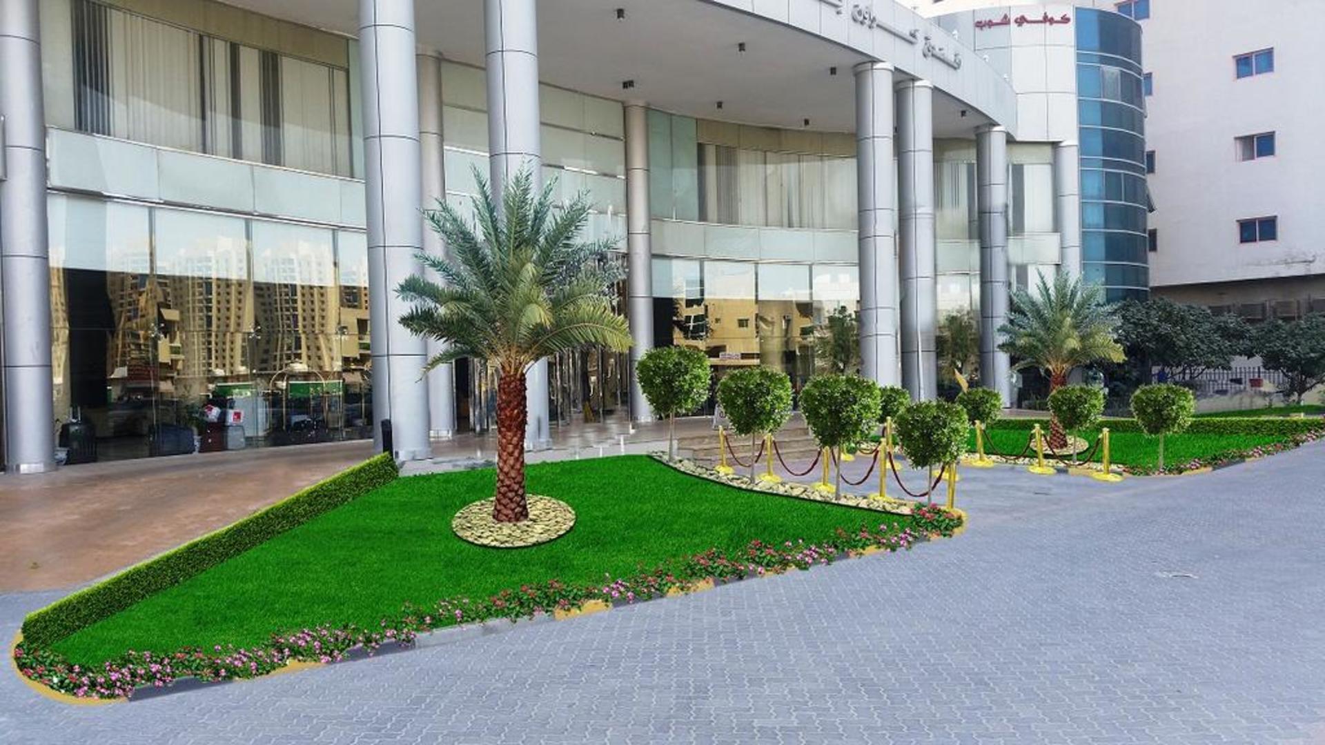 Фото территории Crown Palace Hotel